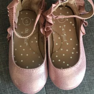 Pink cat and jack dress shoes